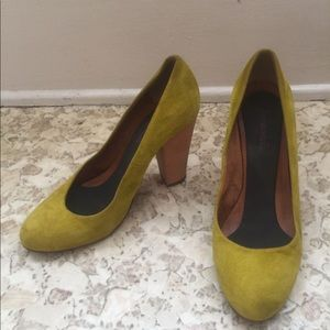 Madewell mustard yellow pumps 3-4inch heel